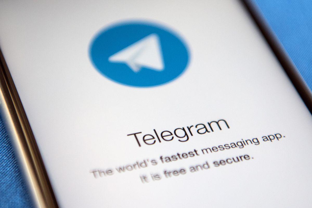 SCARICA GIORNALI GRATIS TELEGRAM